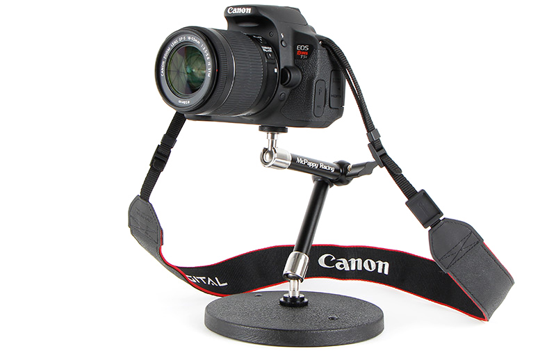 Desktop macro camera monopod mount